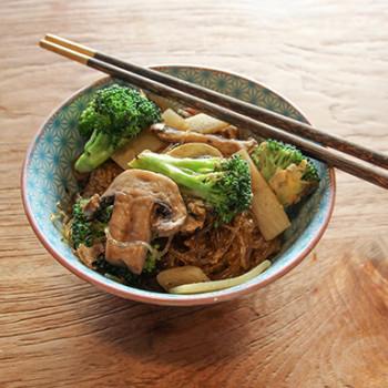 Pad Woon Sen – Grain-Free Stir Fry with Noodles!